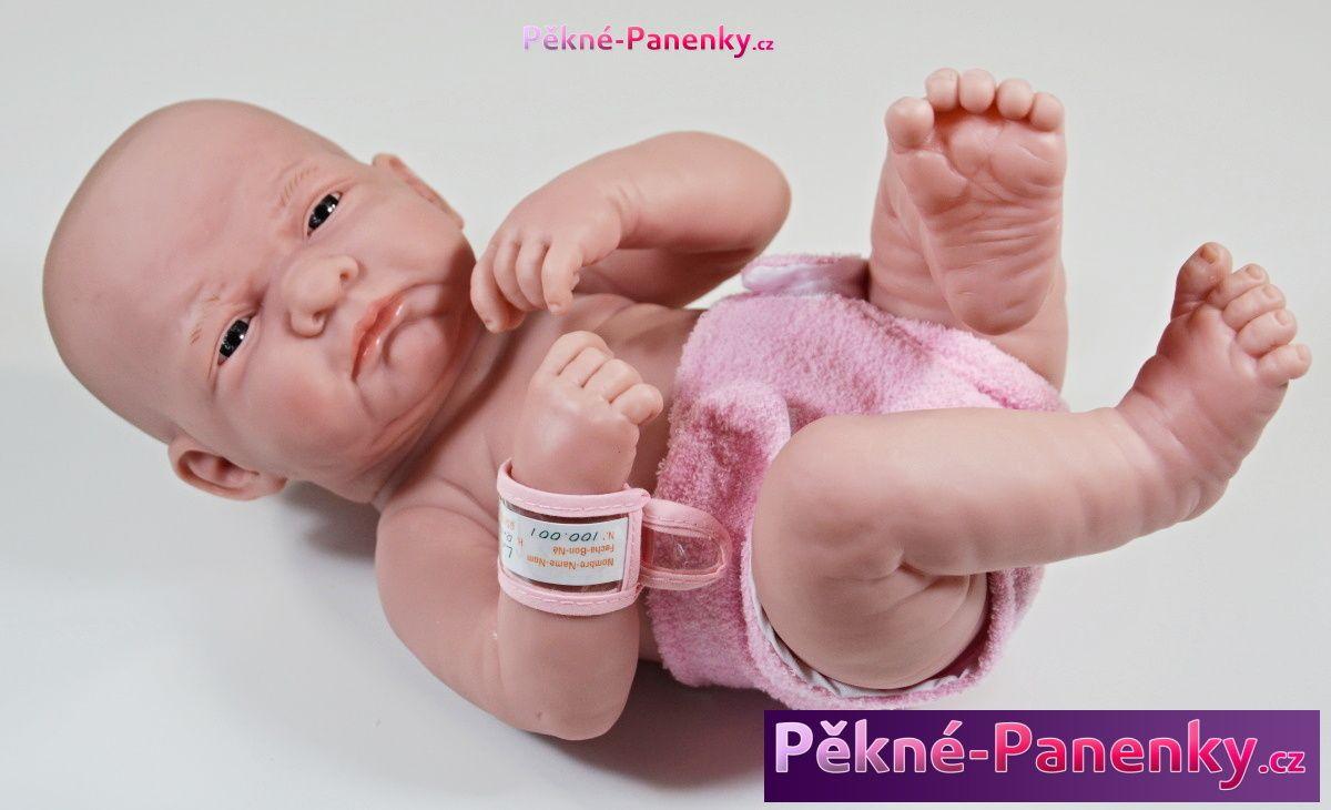 Realistické miminko novorozenec