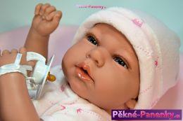 originalní španělské panenky pro děti panenky, které vypadají jako živé miminko Berbesa mluvící panenky ze Španělska pro děti